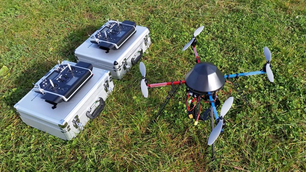 materiel de formation quadcopter dgac double commande radio