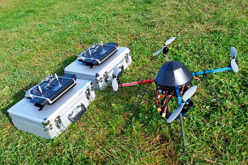 PACK-QUAD-COPTER-MIKROKOPTER-FORMATION-FLYING-EYE-DGAC_home