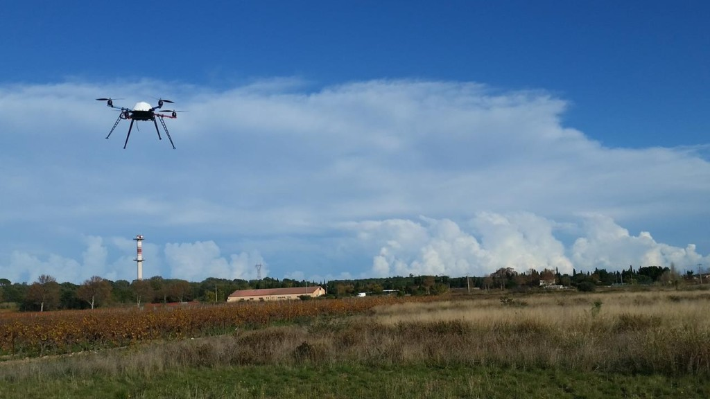 aprentissage-pilotage-brevet-formation-drone-fond-nuage-mer-66